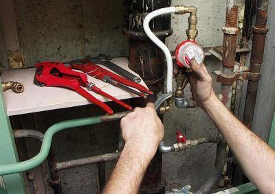 Ремонт водопровода и монтаж счётчика