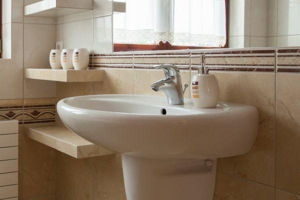 Замена умывальника в ванной