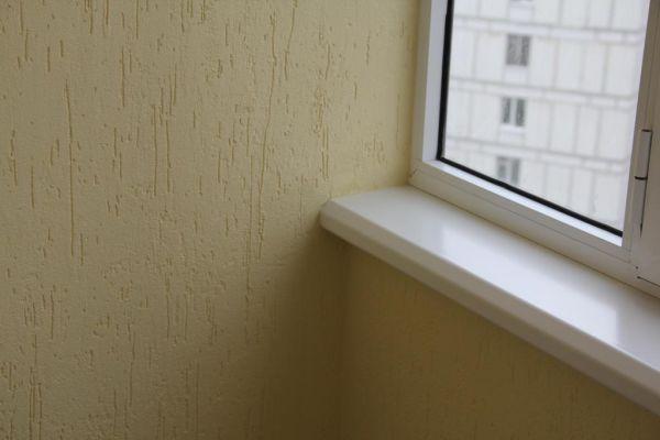 Отделка балкона внутри короедом