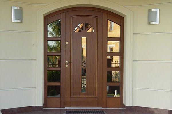 Наружные входные двери (уличные)